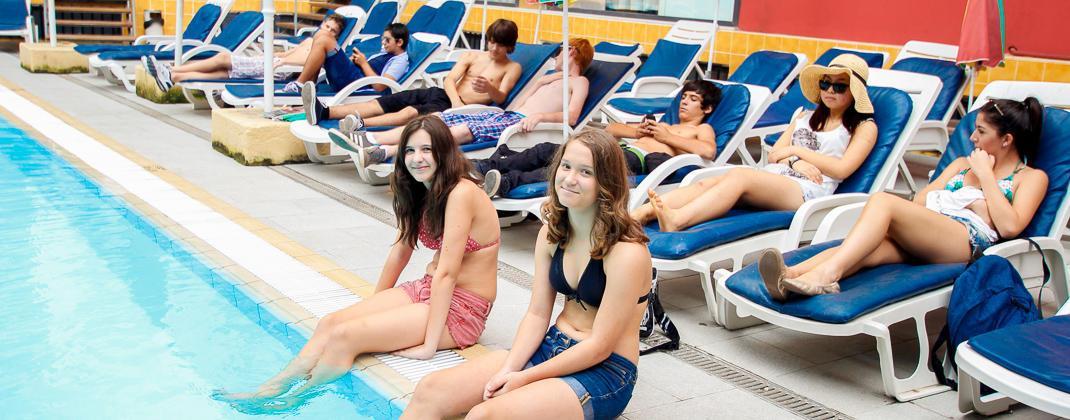 Buitenzwembad Residentie