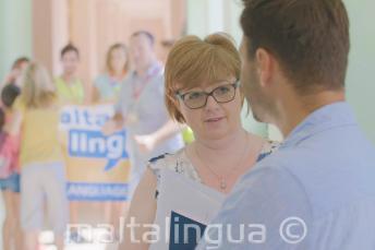 Maltalingua personeel op de zomercampus