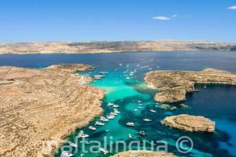 Luchtfoto van de Blue Lagoon, Comino, Malta