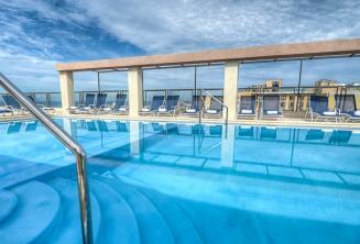 Hotel Alexandra zwembad op het dak, Malta