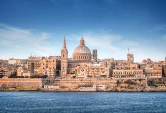 Uitzicht op Valletta vanuit de Sliema Ferry